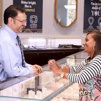 5 Reasons Shopping for an Engagement Ring at Ramsey's is Different